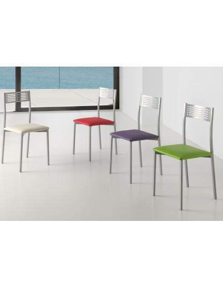 Mesa de diseño color blanco y patas cristal